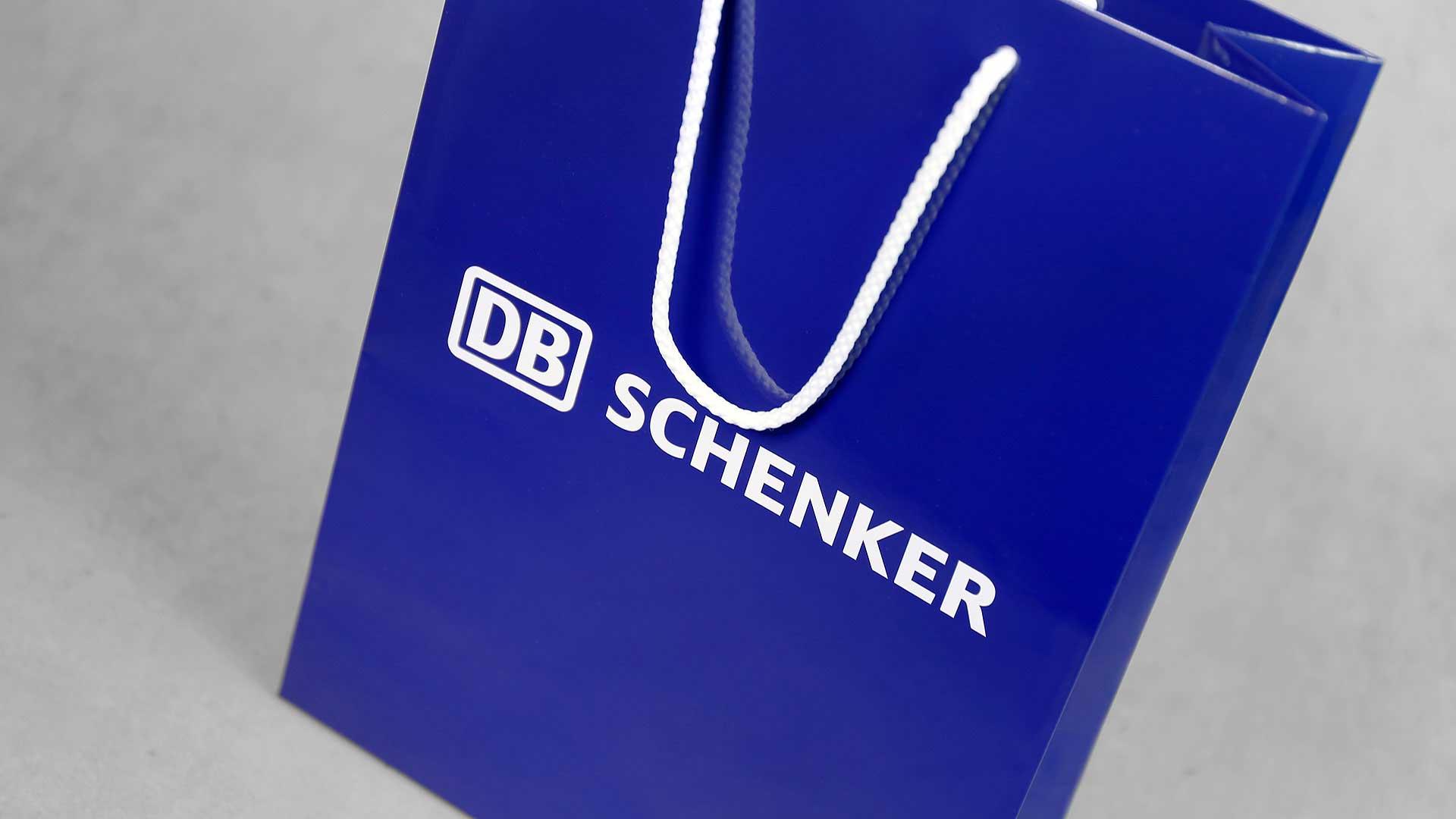 Dāvanu maisiņu apdruka DB Schenker