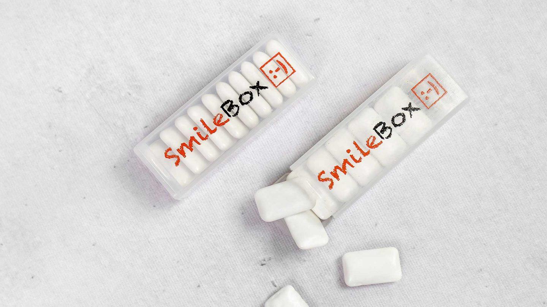 Personalizētas konfektes ar reklāmu, logo Smile Box